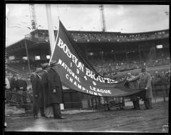 Boston Braves raising 1948 National League pennant