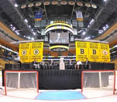 Boston Bruins applique championship banners